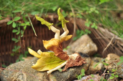 Top Collection Enchanted Story Fairy Garden Playful Leafy Fairy Outdoor Statue