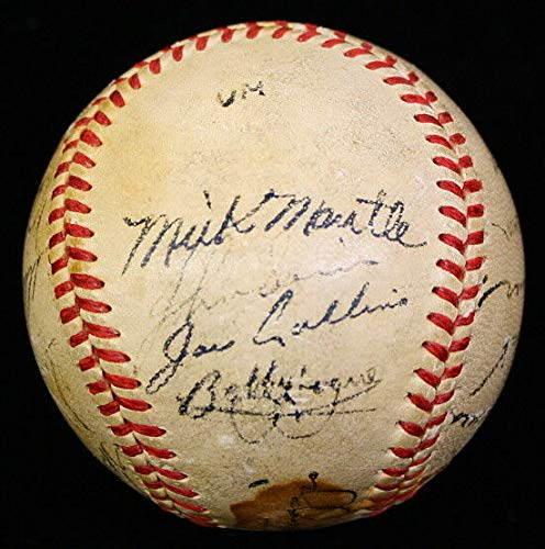- 1951 YANKEES SIGNED BY 26 TEAM BASEBALL PSA/DNA MICKEY MANTLE AUTOGRAPHED RARE