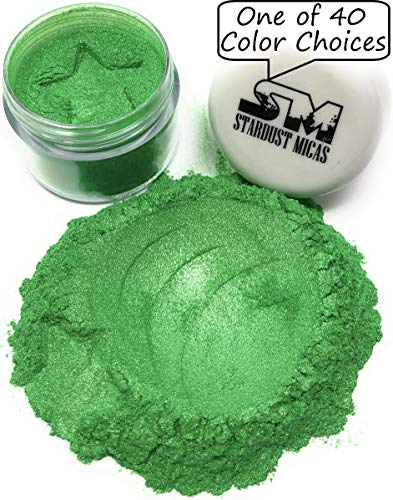 (Green Pigment Powder for Resin, Mica Powder for Cold Process Soap Making, Green Mica Powder for Melt and Pour, Ultra-Fine Pigment Powder, Color Stable Colors (Grassy Green, 10 Gram Jar))