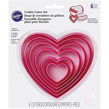 Amazon.com: Wilton 7-Piece Metal Heart Cookie Cutter Set: Kitchen ...