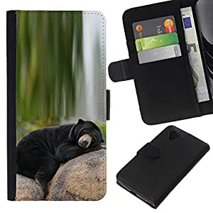 All Phone Most Case / Oferta Especial Cáscara Funda de cuero Monedero Cubierta de proteccion Caso / Wallet Case for LG Nexus 5 D820 D821 // Bear Sleepy Alaska Black Nature Green