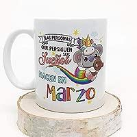 MUGFFINS Taza de Cumpleaños Koala mes de Marzo - Regalos Desayuno Feliz Cumpleaños/Aniversario. Cerámica 350 mL