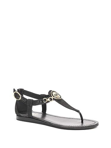 3c70f850c069 G by GUESS Women s Crive Logo Flat Sandals