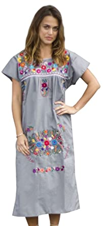 Liliana Cruz Embroidered Mexican Peasant Dress at Amazon Women\'s ...