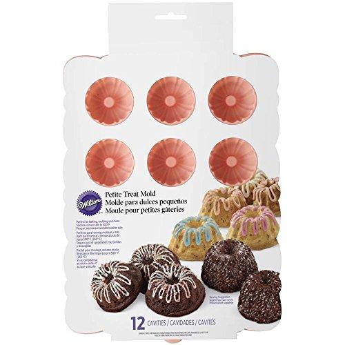 (Wilton Silicone Petite 12 Cavity Mini Bundt Cake Cupcake Treat Pan Fluted NEW)