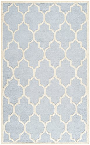 Safavieh Cambridge Collection CAM134A Handmade Moroccan Geometric Light Blue and Ivory Premium Wool Area Rug (4' x 6')