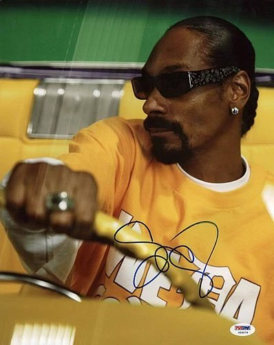 Snoop Dogg Doggystyle Autographed 11x14 Photo - PSA/DNA Authenticated