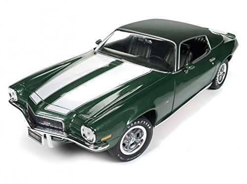 Autoworld AMM1095 1970 Chevrolet Camaro Z28 Green MCACN + 50th Anniversary Limited Edition to 1002pcs 1/18 Diecast Model Car