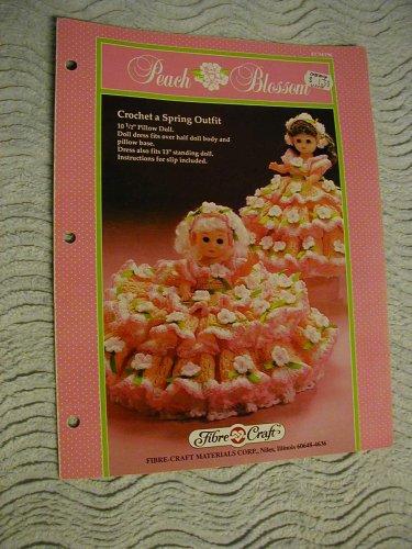 Peach Blossom: Crochet a Spring Outfit (Fibre-Craft FCM196) ()