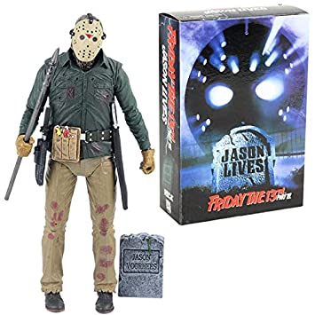 Amazon.com: Jason Lives Pamela Voorhees Action Figure Final ...