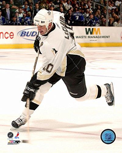 John LeClair Pittsburgh Penguins NHL Action Photo (Size: 8