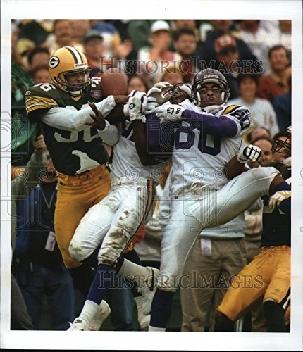 1994 Press Photo Vikings' Wide Receiver Cris Carter against Packers - mja52875 (Cris Photograph Carter)