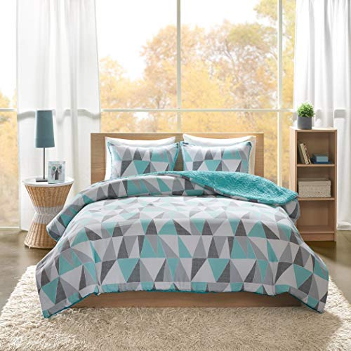 3 Piece Aqua Grey Geometric Comforter Full Queen Set, Light Blue Color Triangle Pattern, Shapes Crystal Intelligent Design, Reversible Aqua Chevron Quilted Faux Fur Adult Bedding Bedroom, Polyester