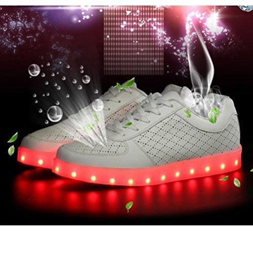 (Present:kleines Handtuch)JUNGLEST® (TM) 7 Farbe USB Aufladen LED Leuchtend Sport Schuhe Sportschuhe Sneaker Turnschuhe für Unis Weiß mit Loch