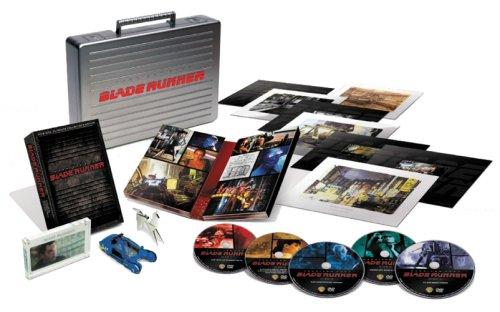 【10,000セット限定生産】『ブレードランナー』製作25周年記念 アルティメット?コレクターズ?エディション?プレミアム(5枚組み) [DVD] B000VNST5E