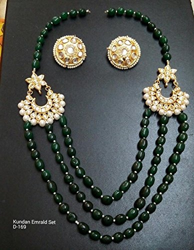 6079597f22a64 Amazon.com: Indian Goldtone Traditional Kundan Green Emerald Beads ...