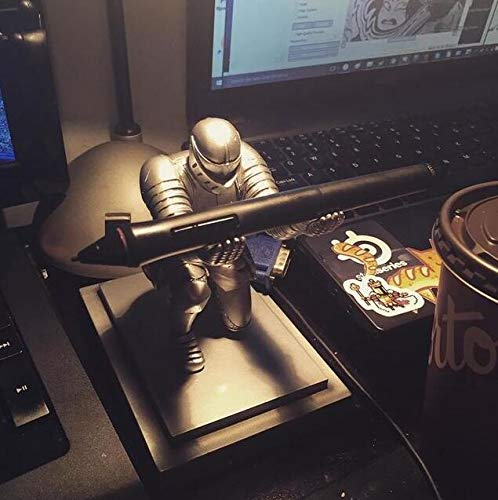 Does not contain glue JM-capricorns Executive Knight Pen Holder,He also comes with a pen