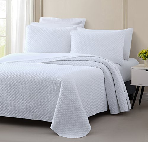 Cozy Beddings Elliott Diamond Stitched Design 2 Piece Prewashed Coverlet Quilted Bedspread Set, Twin/Twin XL, White