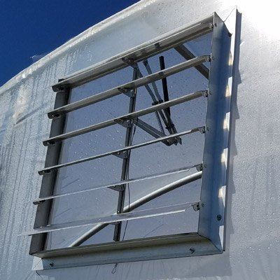 High Tunnel/Greenhouse Wiggle Wire in Vent with Auto Opener (30'')