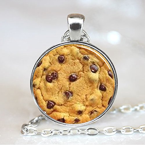 Chocolate Chip Cookie Pendant, Chocolate Chip Cookie Necklace, Chocolate Chip Cookie Jewelry, Silver Plated, (PD0265)