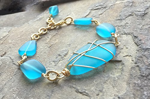 Sea Glass Bracelet/Ocean Bracelet/Recycled Glass Bracelet/Gold/Wire Wrapped/Handmade/Pacific/Blue/Turquoise ()