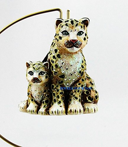Jay Strongwater Safari Mom Baby Snow Leopards Glass Christmas Ornament