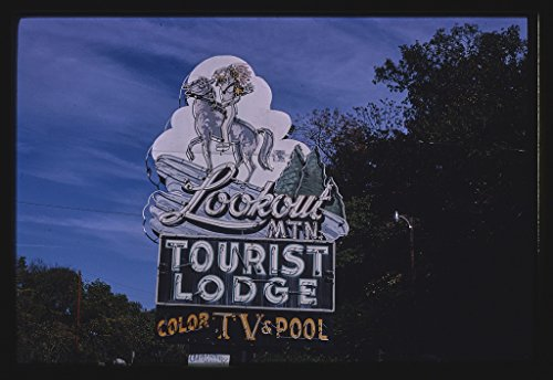 (Vintography 16 x 24 Gallery Wrapped Framed Art Canvas Print of Lookout Mountain Tourist Lodge Sign, Vertical View, Chattanooga, Tennessee 1980 Roadside Americana Ready to Hang 39a)