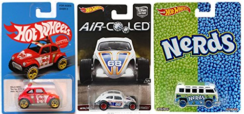 Chrysler 300c Wagon (Hot Wheels Volkswagen Special Edition - Deluxe Station Wagon Nerds + Real Riders Custom Beetle Air-Cooled & Blue Heritage Exclusive Baja Beetle)