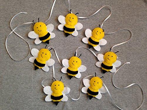 Bee garland