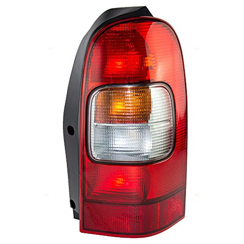 (Passengers Taillight Tail Lamp Replacement for Chevrolet Oldsmobile Pontiac Van 19206746 AutoAndArt)