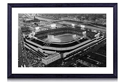 Old Tigers Stadium, Detroit, Mi - Art Print Black Wood Framed Wall Art Picture For Home Decoration - Black and White 16