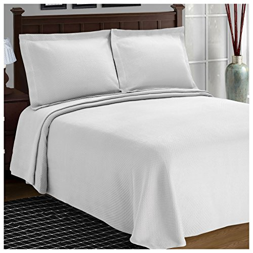 Superior Diamond Solitaire Jacquard Matelassé 100% Premium Cotton Bedspread with Matching Shams, Twin, White