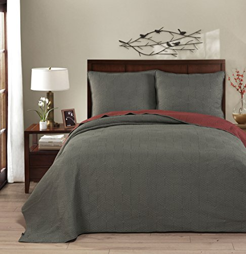 Brielle Honeycomb Reversible Quilt Set, Full/Queen, Russet Red/Dark Grey, - Grey Red