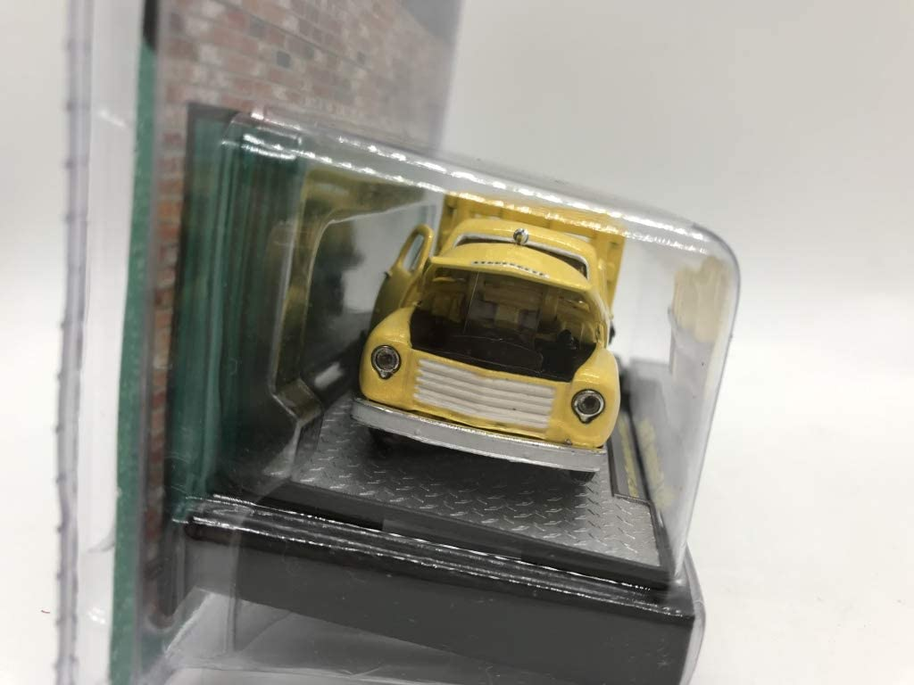 M2 Machines by M2 Collectible Auto-Trucks 1951 Studebaker 2R Truck 12-07 Yellow Details Like NO Other!