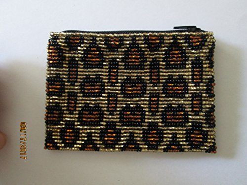 black and gold leopard cheetah print spots hand beaded glass seed beads Fair trade Guatemalan handmade design pattern zippered coin purse credit card holder pouch bag