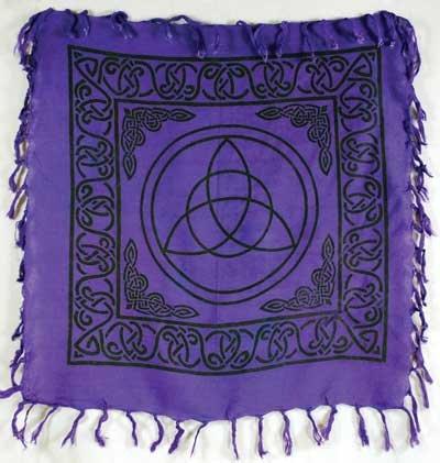 Triquetra Altar Cloth 18