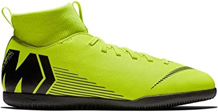 chaussure de foot en salle nike enfant