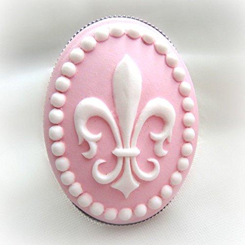 Lis Cameo De Fleur (Pin Fleur De Lis cameo ring)
