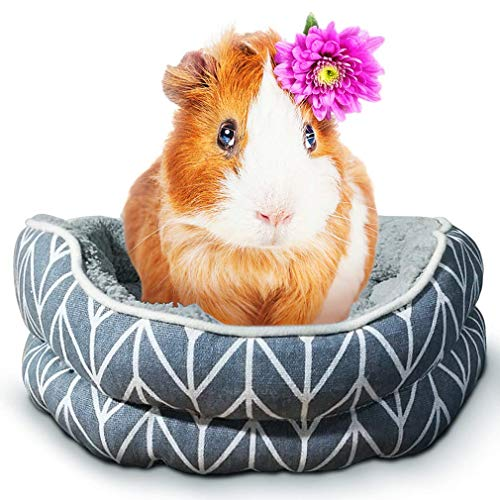SunGrow Guinea Pig Cuddle Cup, Adorable Soft Nesting Bed for Piggies, Machine Washable, Great Enrichment Item for Your pet, Gift Them Some Me time with The Most Comfortable Cuddling Buddy, 1 pc