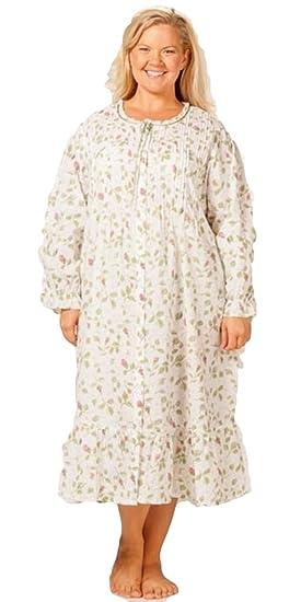 La Cera Women s Plus Size Long Sleeve Cotton Robe at Amazon Women s ... 04410a7a9
