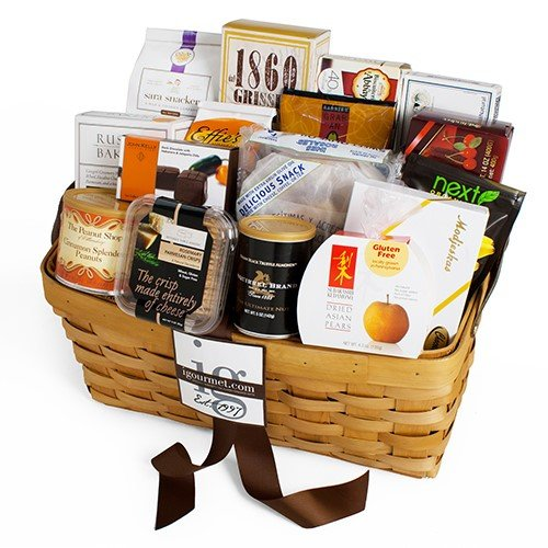 Gourmet Snacking For The Gang Gift Basket (6.5 pound)