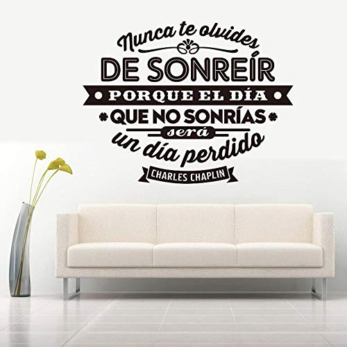 (Bidsu Vinyl Wall Statement Family DIY Decor Art Stickers Home Decor Wall Art Spanish Quote Wall Decal de sonreír porque el día que no sonrías Wall Sticker for Living Room)