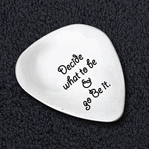 Decide What To Be And Go Be It Guitar Pick - Entrepreneur Quote - Steve Job Saying - Graduation Inspiration Quote - Guitar Picks Custom - Custom Cool Guitar Pic ks - Guitar (Costume Jobs)