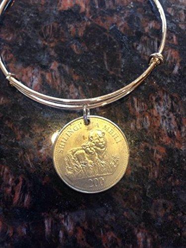 Tanzania 200 shillings expandable style wire bangle bracelet- lions