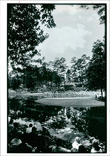 Vintage photo of Auburn golf course: consecutive green jacketon the historic in gergoia. ()