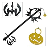 This Blade key is a replica of the pumpkin version from the popular video game series. It has an all metal construction with durable black electroplating finish. The pumpkin tassel is made of Aluminum Alloy and is finished with a glossy orange lacque...