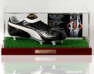 Ossie Ardiles hand signed Tottenham Hotspur Football boot presentation (LOT570)