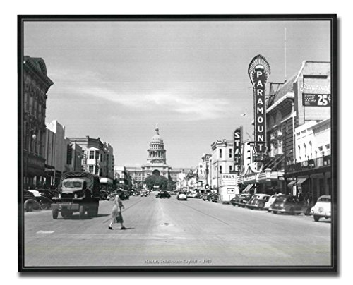 Texas Vintage Photo (Austin, Texas. State Capitol - 1943 American Vintage Old City Black and White Wall Decor Art Print Poster)