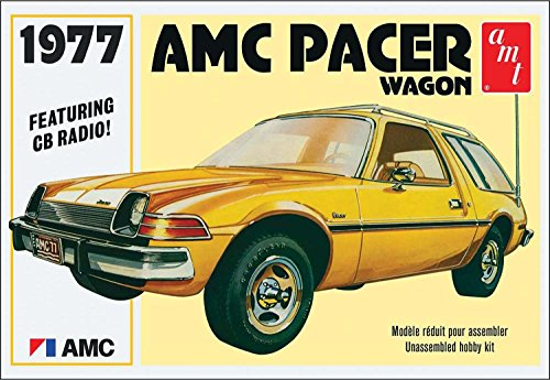 AMT AMT1008 1:25 Scale 1977 AMC Pacer Wagon Model Kit