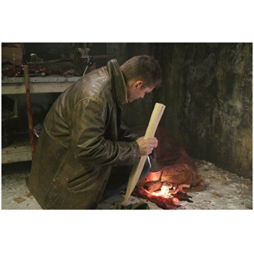 Supernatural (TV Series 2005 - ) 8 inch by 10 inch PHOTOGRAPH Jensen Ackles Full Body Crouching on Floor w/Wooden Stake kn
